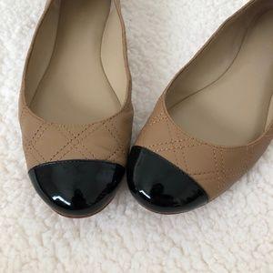 Ann Taylor Patent Cap Toe Flats Size 8